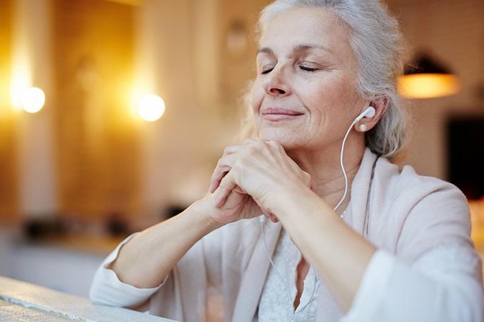 Die Rente ab 63 ermöglicht es den Versicherten, schon vor der Regelalterszeit in den Ruhestand zu treten.8#01)