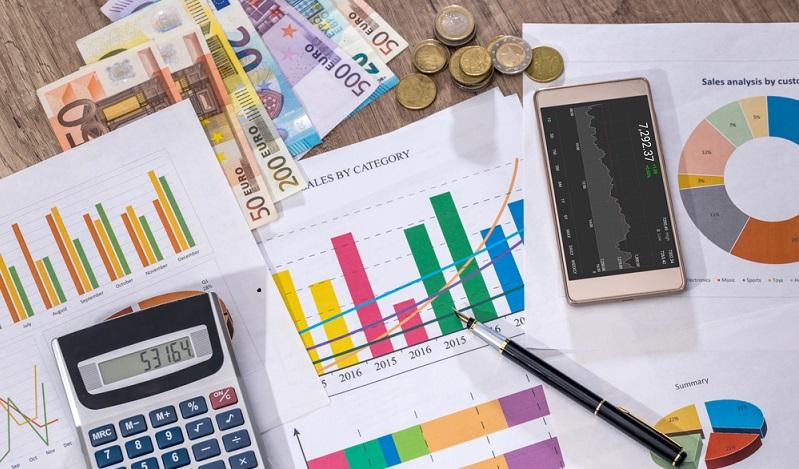 Es ist natürlich möglich, aus dem Riester Banksparplan das Guthaben auch zu entnehmen. Dies kann sinnvoll sein, wenn man sich eine Immobilie kaufen möchte. (#02)
