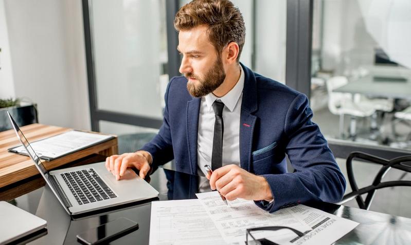 Wer sich gemeinsam mit seinem Arbeitgeber für die Unterstützungskasse entscheidet, der muss aber bezüglich der steuerliche Kriterien einige Dinge im Vorwege wissen. (#02)