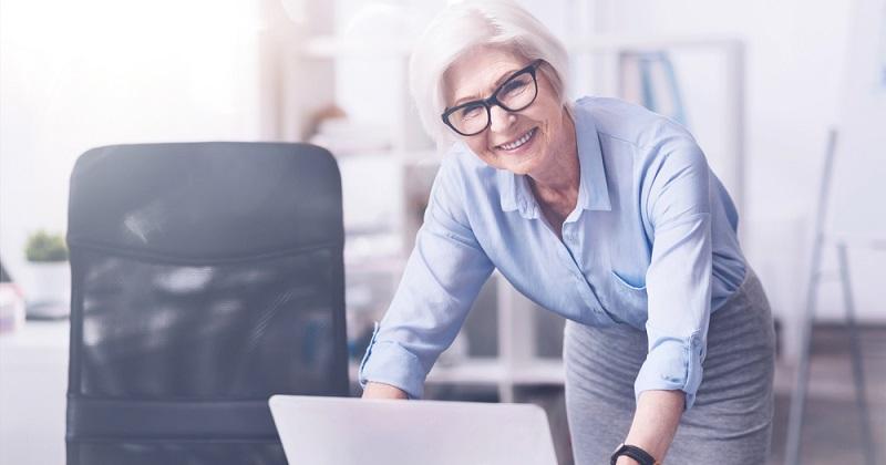Wer sich selbständig macht, um eine eigene Geschäftsidee zu verwirklichen, sollte dies mit einem durchdachten Konzept tun. Insbesondere für Rentenbezieher ist der Dienstleistungssektor sehr attraktiv.