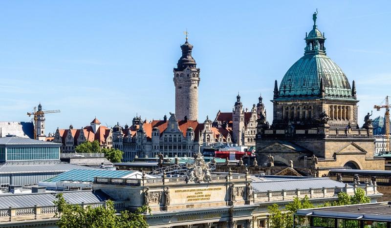 Ostdeutsche Auszubildende erreichen 94 Prozent der westlichen Vergütungshöhe. (#03)