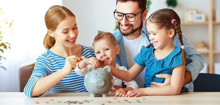 Wie spare ich Geld? 7 Tipps, wie du jeden Monat Geld sparen kannst (Foto: Shutterstock- Evgeny Atamanenko)